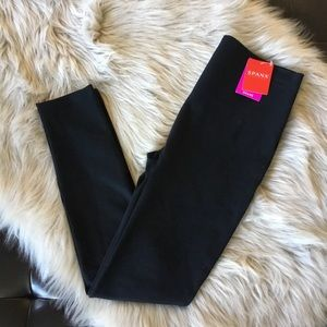 Spanx Jersey Fabric Feel Legging Medium HTF Black